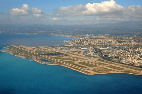 Transfer Taxi from Saint-Tropez to Nice Airport